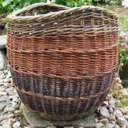 Rounded log basket