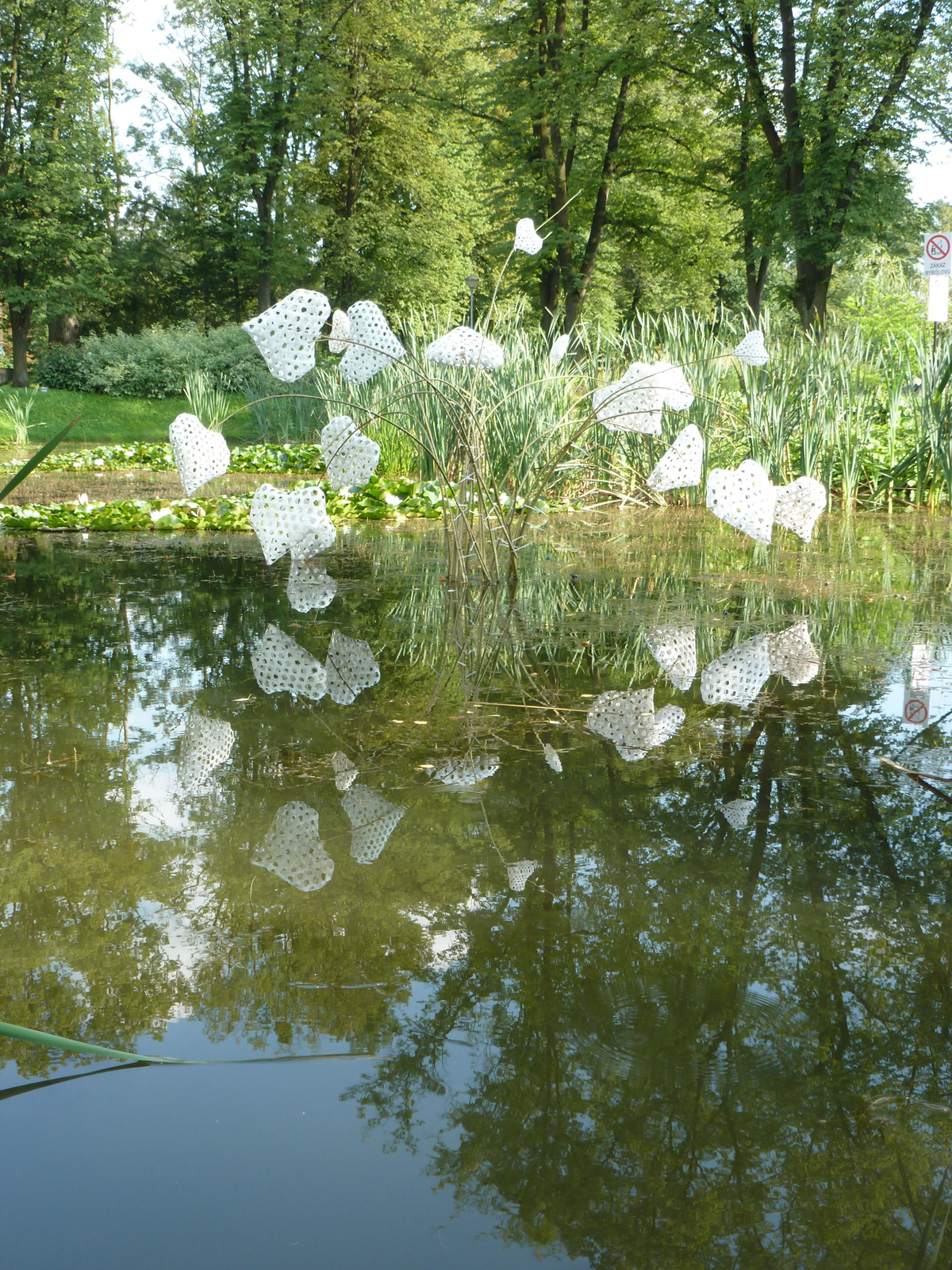 Heart Fountain - Ceski Tesin, Czech Republic, strapping tape and willow 7 x 3m